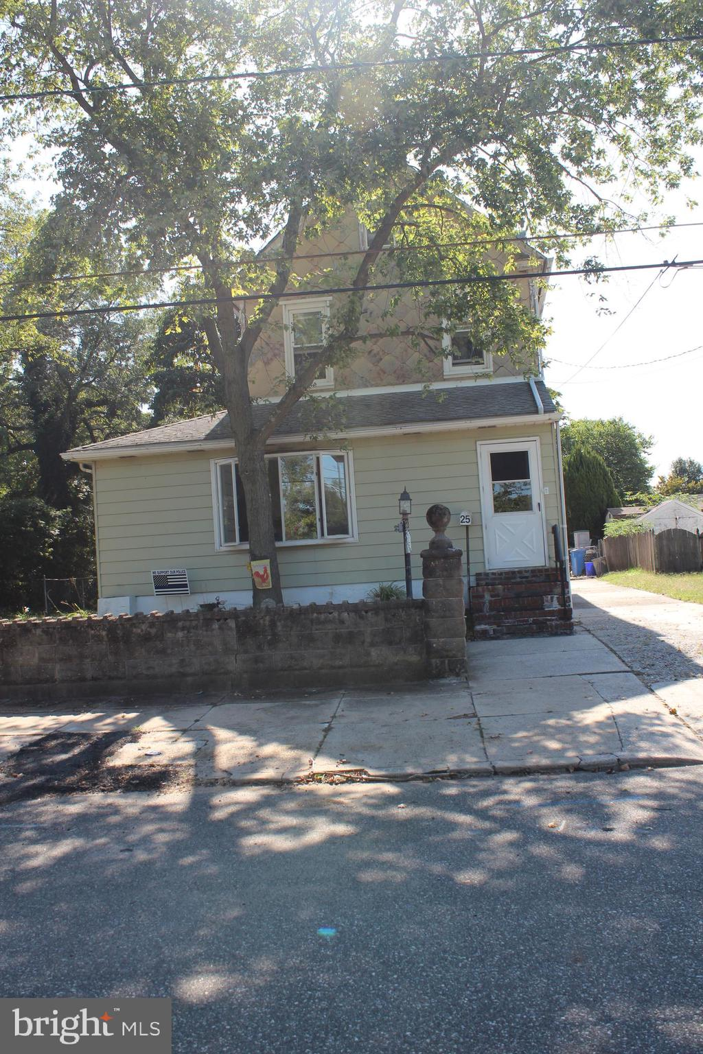 25 DELAWARE VIEW AVENUE, WESTVILLE, NJ 08093