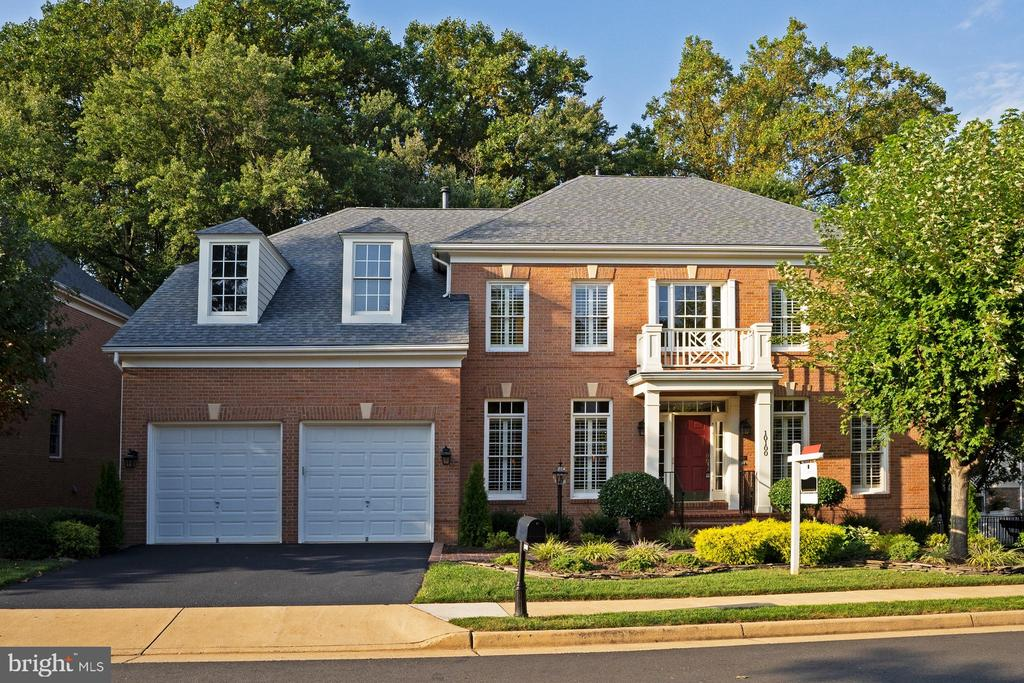 10100  DANIELS RUN WAY, Fairfax, Virginia