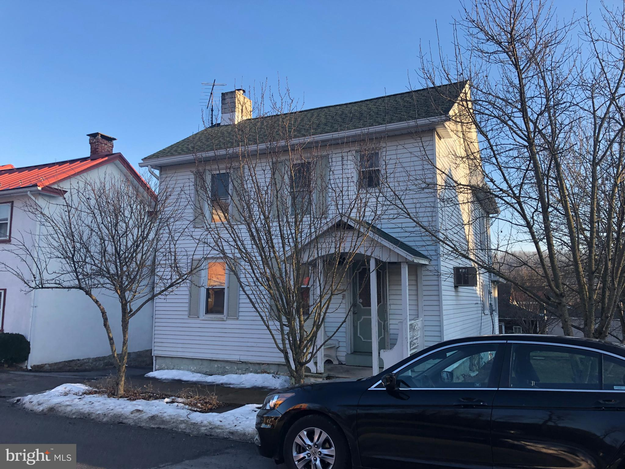 111 W HIGH STREET, NEW BLOOMFIELD, PA 17068