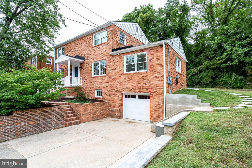 1704  KIRKWOOD ROAD, Arlington, Virginia