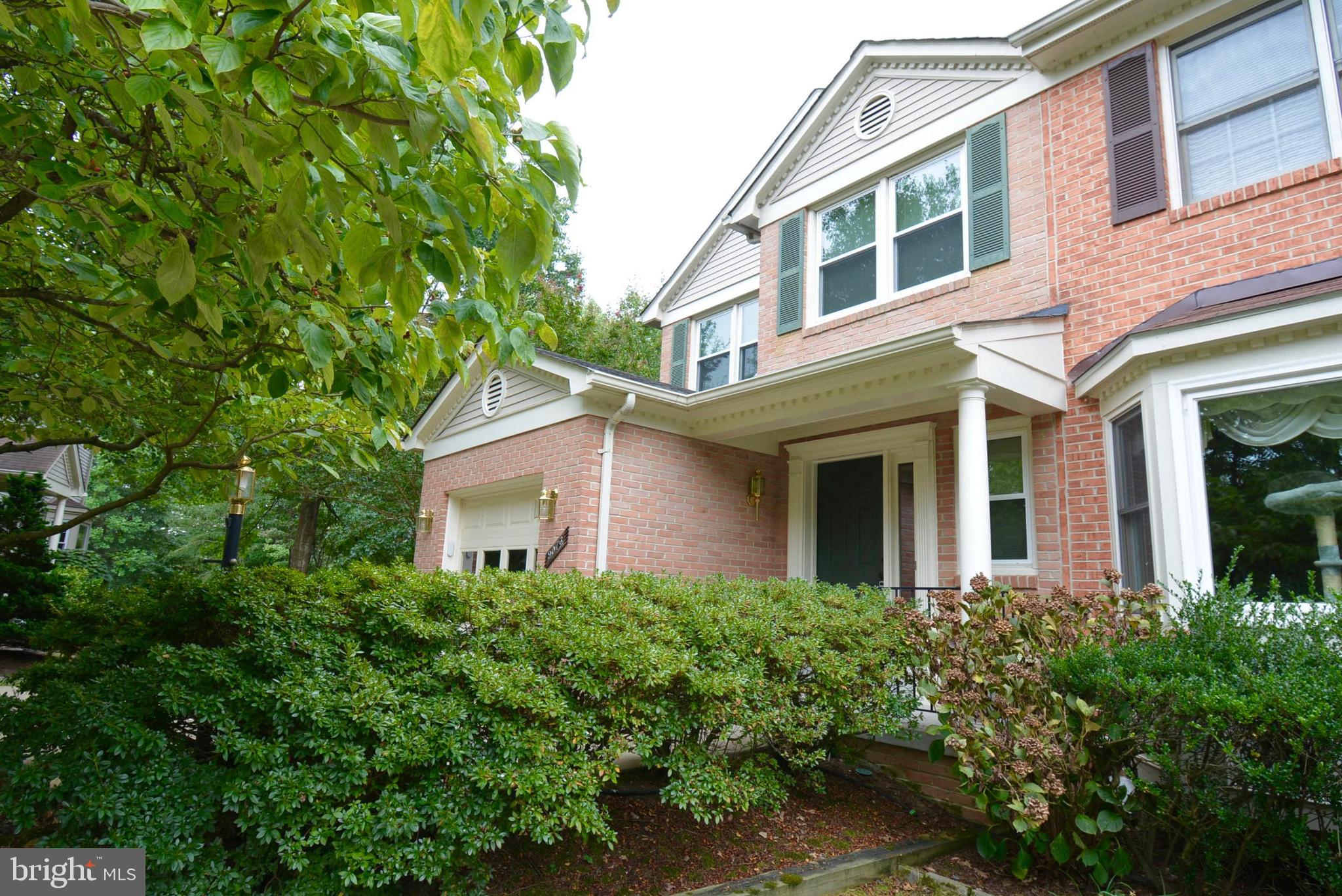 End unit garage townhome by Lake Mercer...View of Lake Mercer when leaves are not on the trees...Backs to trees...Bright, light filled townhome with upgrades...Beautiful hardwoods on most of main and upper level..Remodelled gourmet kit w/SS, granite, frameless cherry cabinets..Living room has SGD to deck..Large MBR with extra windows, box window, walk in closet and SGD to mini balcony...Luxury master bath with soaking tub, skylight and double sinks...Lower level has large rec room w/gas fireplace and SGD to patio...Roof (1999), Hot water water (2010)...Furnace (2010), A/C 92018), Windows (2014), Kitchen (2012)