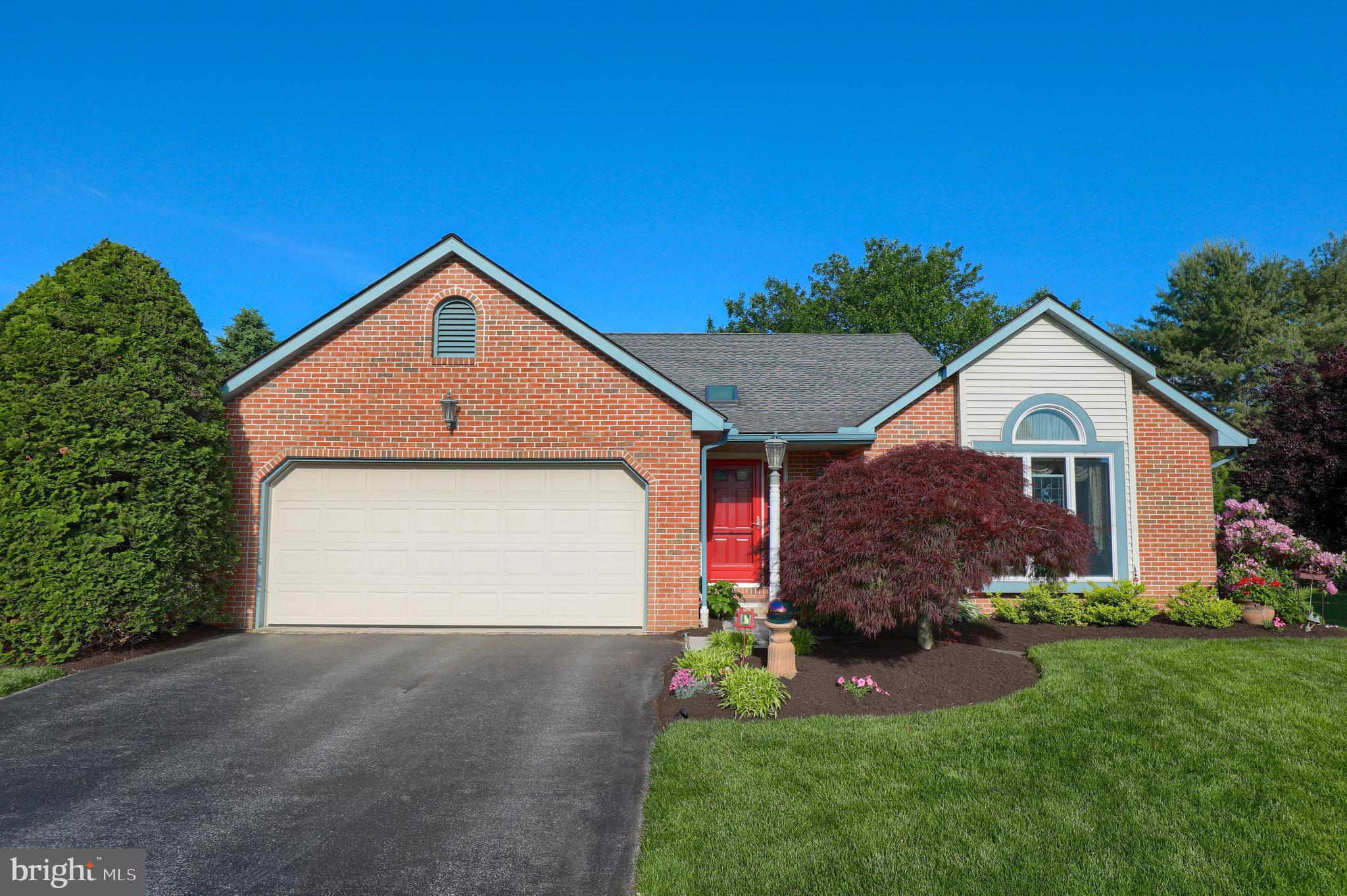 11 KEITH COURT, STEVENS, PA 17578
