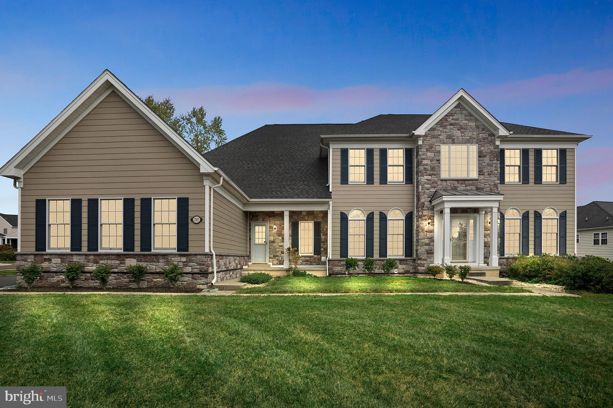 202 KNOX DRIVE, COLLEGEVILLE, PA 19426