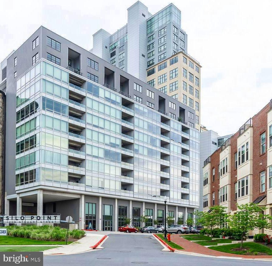 Inner Harbor Lofts Baltimore Md: Silo Point Condominiums For Sale
