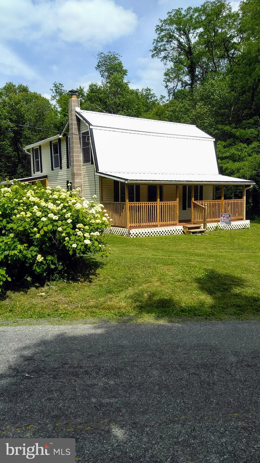 3590 BERRY RIDGE ROAD, EAST WATERFORD, PA 17021