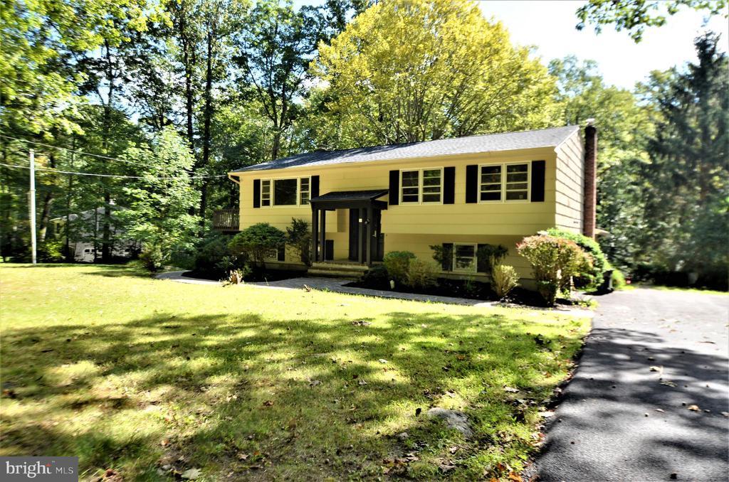 19 Budd Lake Heights Road, Budd Lake, NJ 07828