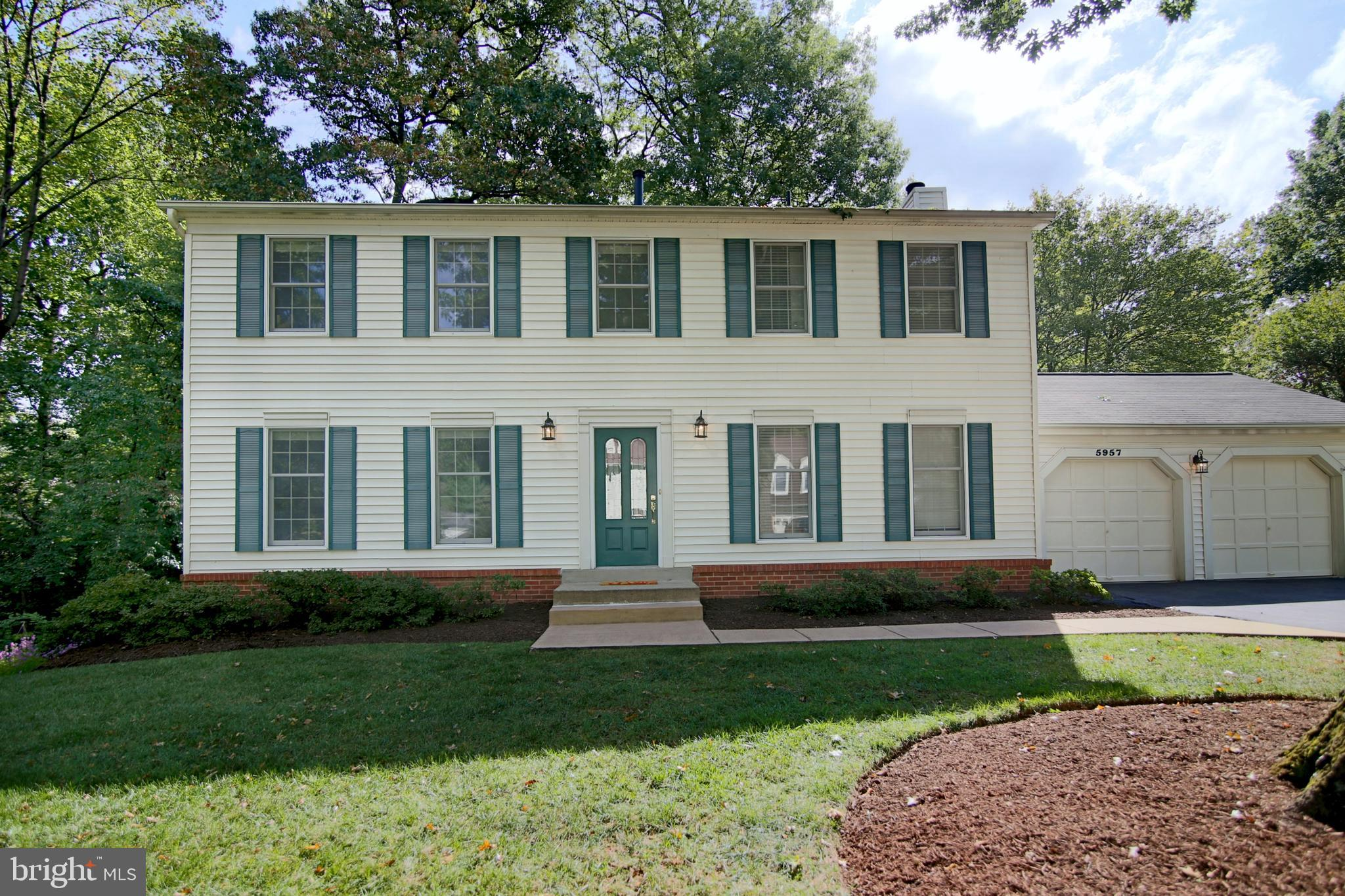Will not last!! Welcome to this beautiful, move-in ready Burke Centre colonial on tree lined cul-de-sac. Move in ready, spacious 5 bedroom, 3.5 bath home with luxe $47,000 screened-in porch and walkout, finished basement. You~ll love all the custom features: homey main-level hardwoods, crown moldings, updated recessed lighting, fireplace, vinyl siding, newer back patio and composite deck. Eat-in kitchen sports 2017 stainless steel appliances, gleaming granite counters and huge pantry. Upstairs find four roomy bedrooms, each with a ceiling fan. Don~t miss the mater bedroom~s two closets, dressing area and mater bath.The walkout lower level has a large family/rec room~perfect for entertaining~new carpeting, a fifth bedroom, full bath, large laundry room with 2017 washer/dryer and tons of extra storage. Note the over 2,500 sq ft plus a generous two-car garage and driveway. Burke Centre includes acres of woods, walking/jogging paths, tot lots, lakes, swimming pools, community centers, tennis and basketball courts. LOCATION! LOCATION! LOCATION! This is a commuters~ dream with easy access to 495/HOT lanes, Fairfax County Parkway, two VRE stations, Amtrak station, Metro bus stop, and commuter parking lot. Close to GMU and NVCC campuses.~