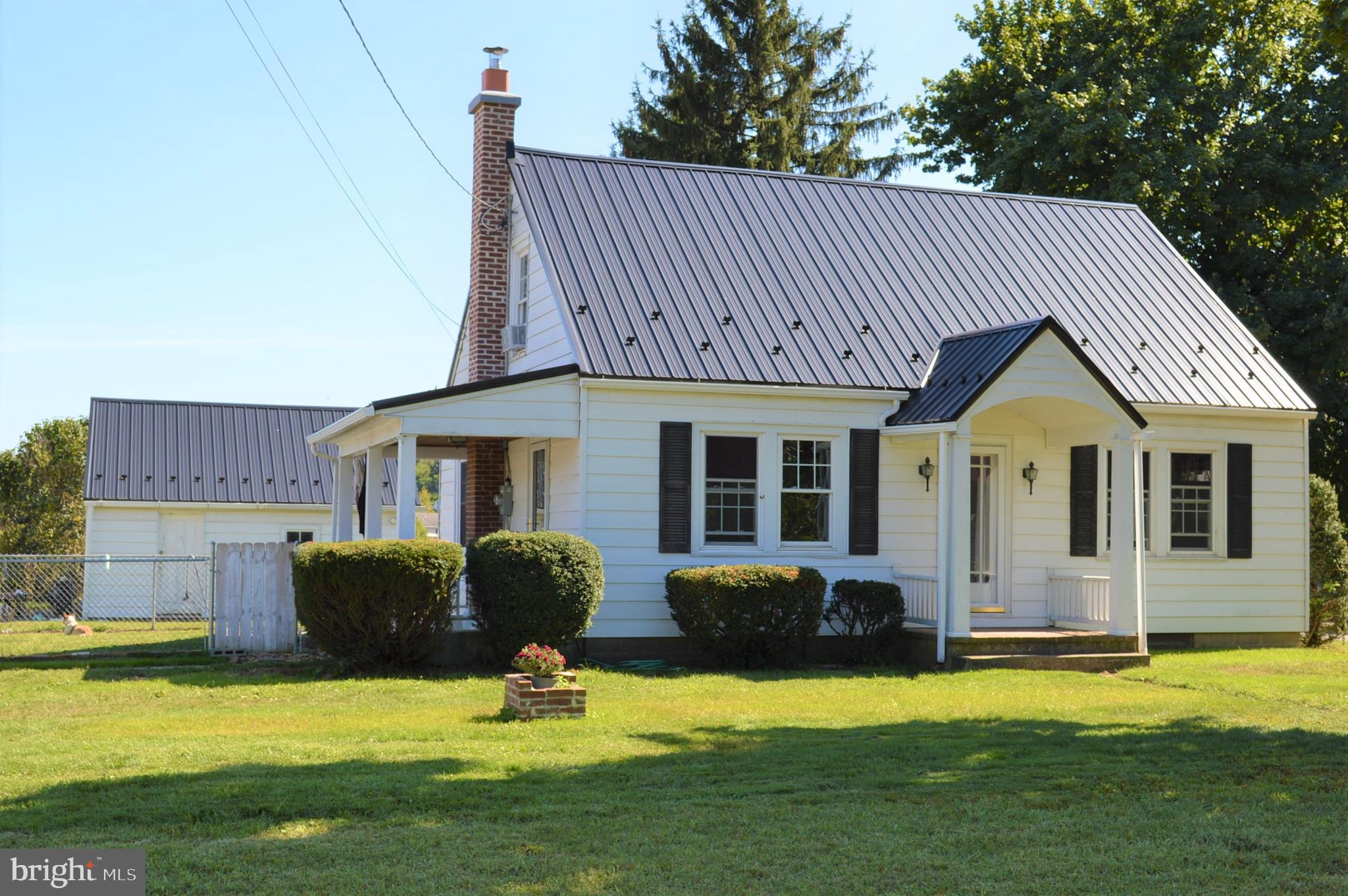 219 PINE ROAD, MOUNT HOLLY SPRINGS, PA 17065