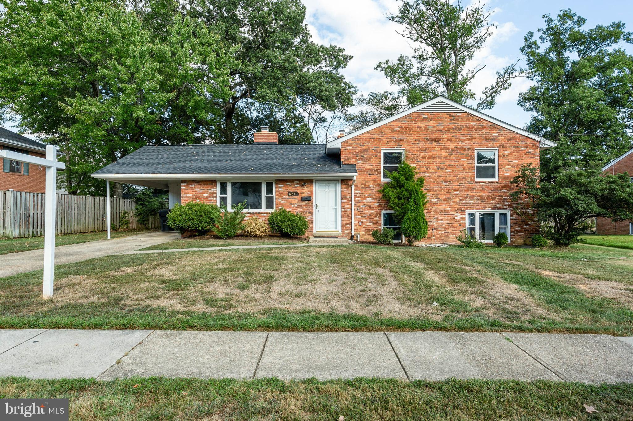 ***Open House Must see this Sunday (9/22) 1 to 4 Great Single Family Home in Springfield in an awesome location, close to I95, shops and restaurants. This lovely split level home has 4 bedrooms and three bathrooms. The home also features, hard wood floors in the the three upper bedrooms, and master bedroom has own updated bathroom. New roof in 2018, new chimney, new Goodman 4 ton furnace, updated electric panel, new sewer line with lifetime warranty, freshly painted with new carpets, new flooring and ready for new owner to put in their finishing touches. There are plenty of storage which can be found in the carport, carport shed, and backyard shed. The home has a main entrance, kitchen side entrance, back yard sliding glass door entrance and a walkout basement side entrance/exit.  With a beautiful flat fenced in back yard, location and community makes this home a great value.