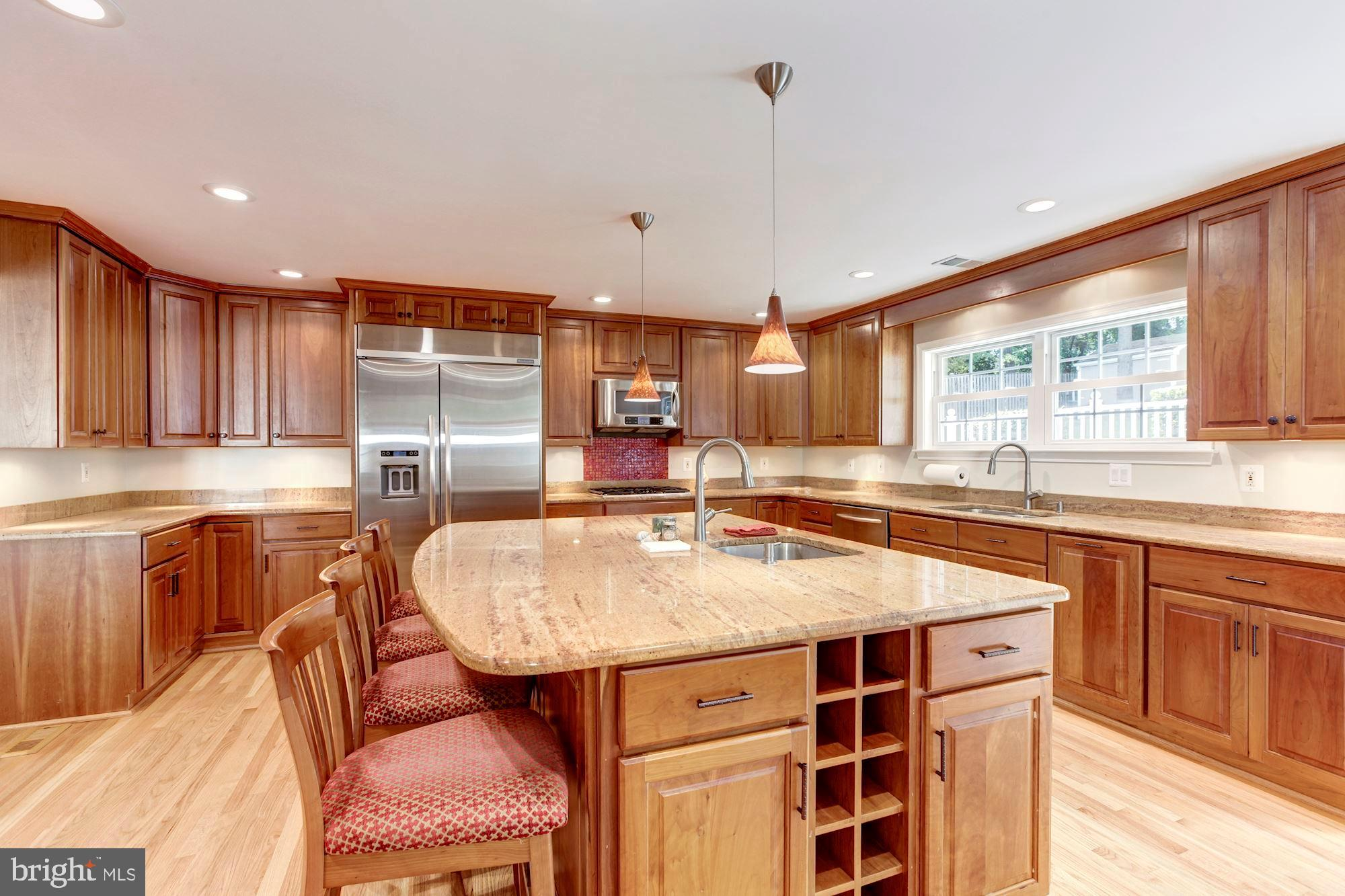 14 YEARLING COURT, ROCKVILLE, MD 20850