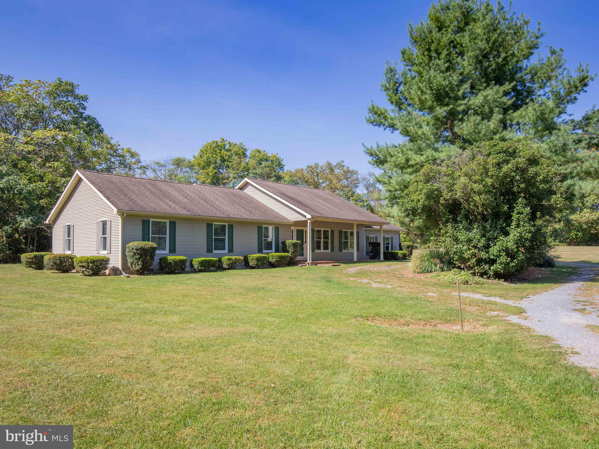 19 GEMINI WAY, SUMMIT POINT, WV 25446
