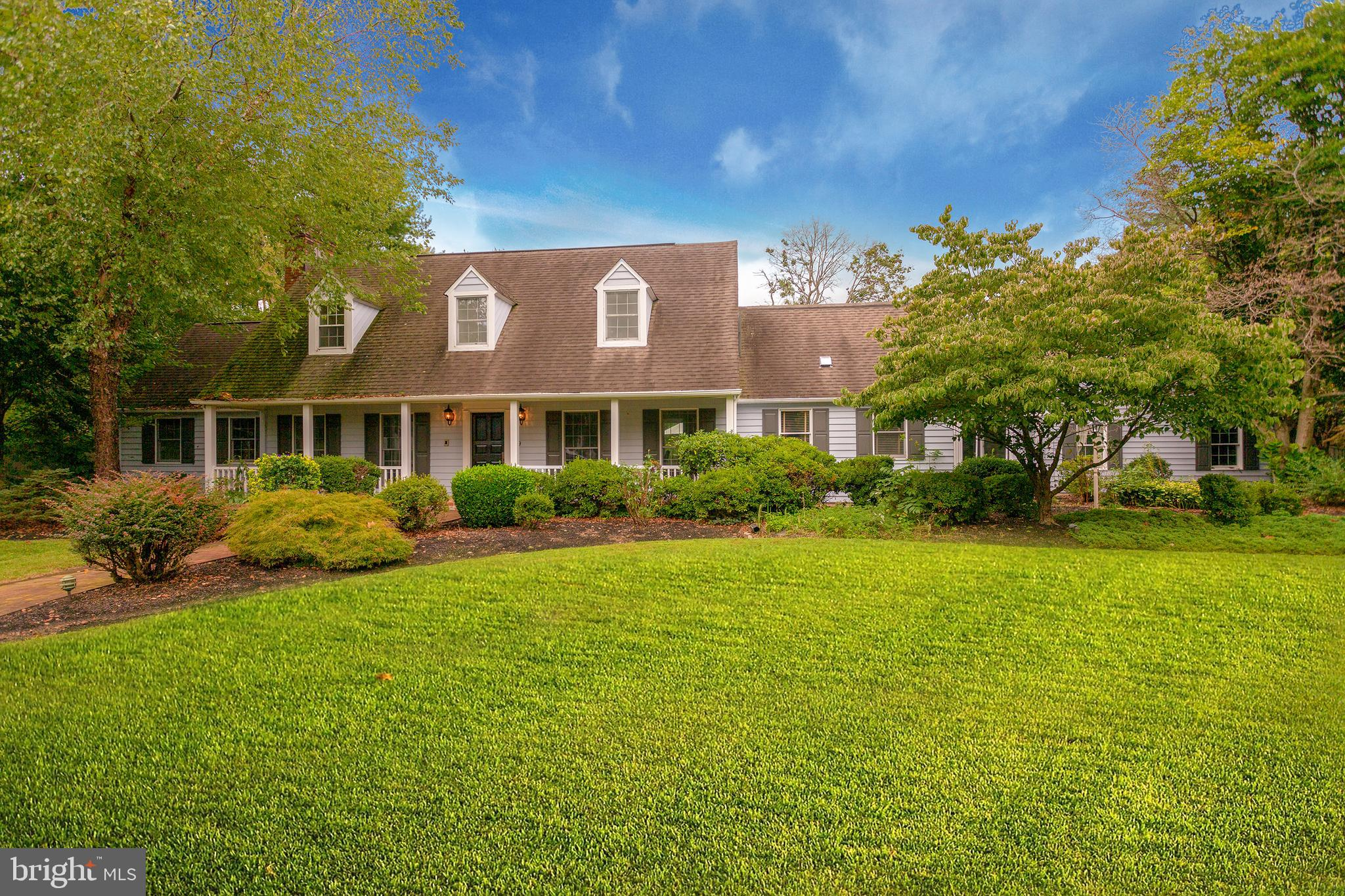 19 MILYKO DRIVE, WASHINGTON CROSSING, PA 18977