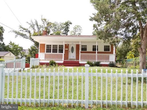 13814 Botts Ave, Woodbridge, VA 22191