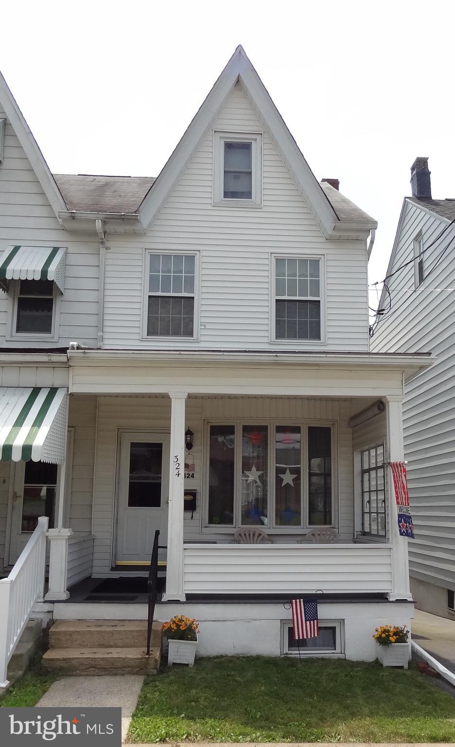324 W CHESTNUT STREET, FRACKVILLE, PA 17931