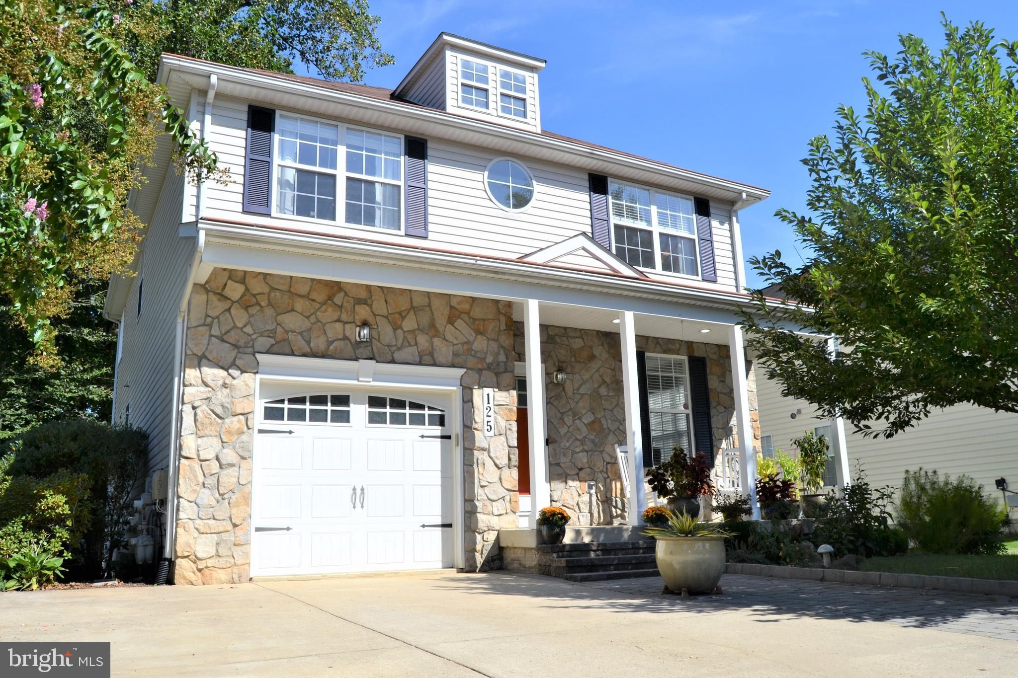 125 S HILLTOP ROAD, BALTIMORE, MD 21228