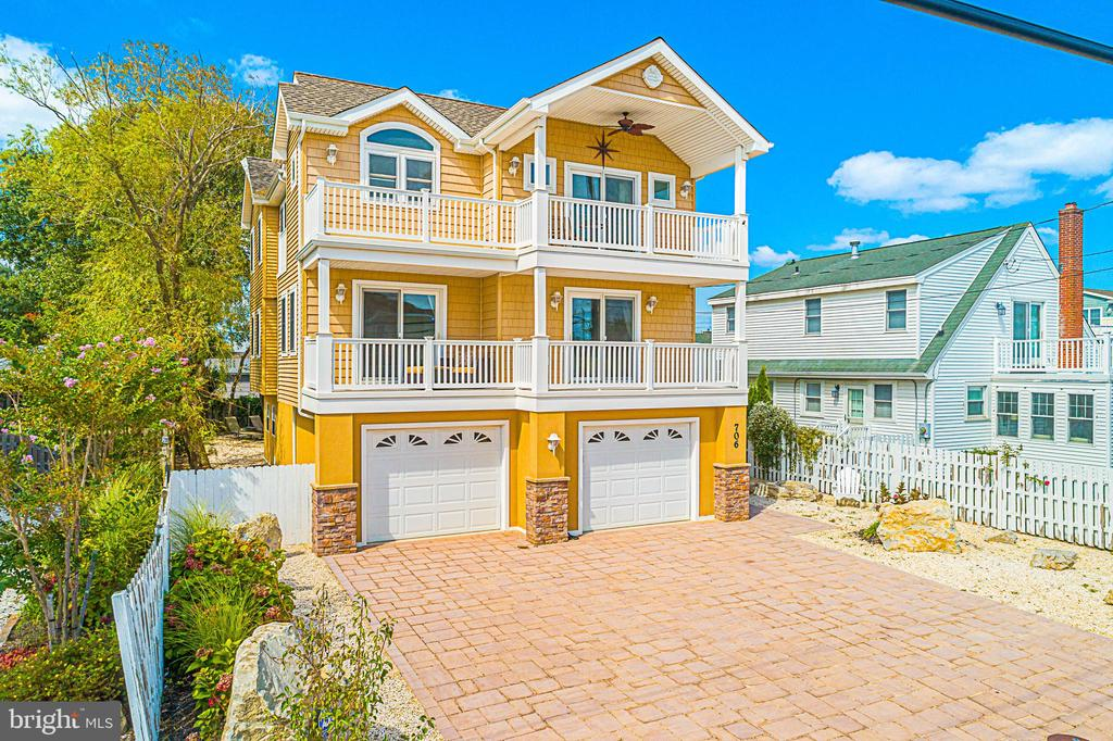 706 S Bay Avenue, Beach Haven, NJ 08008