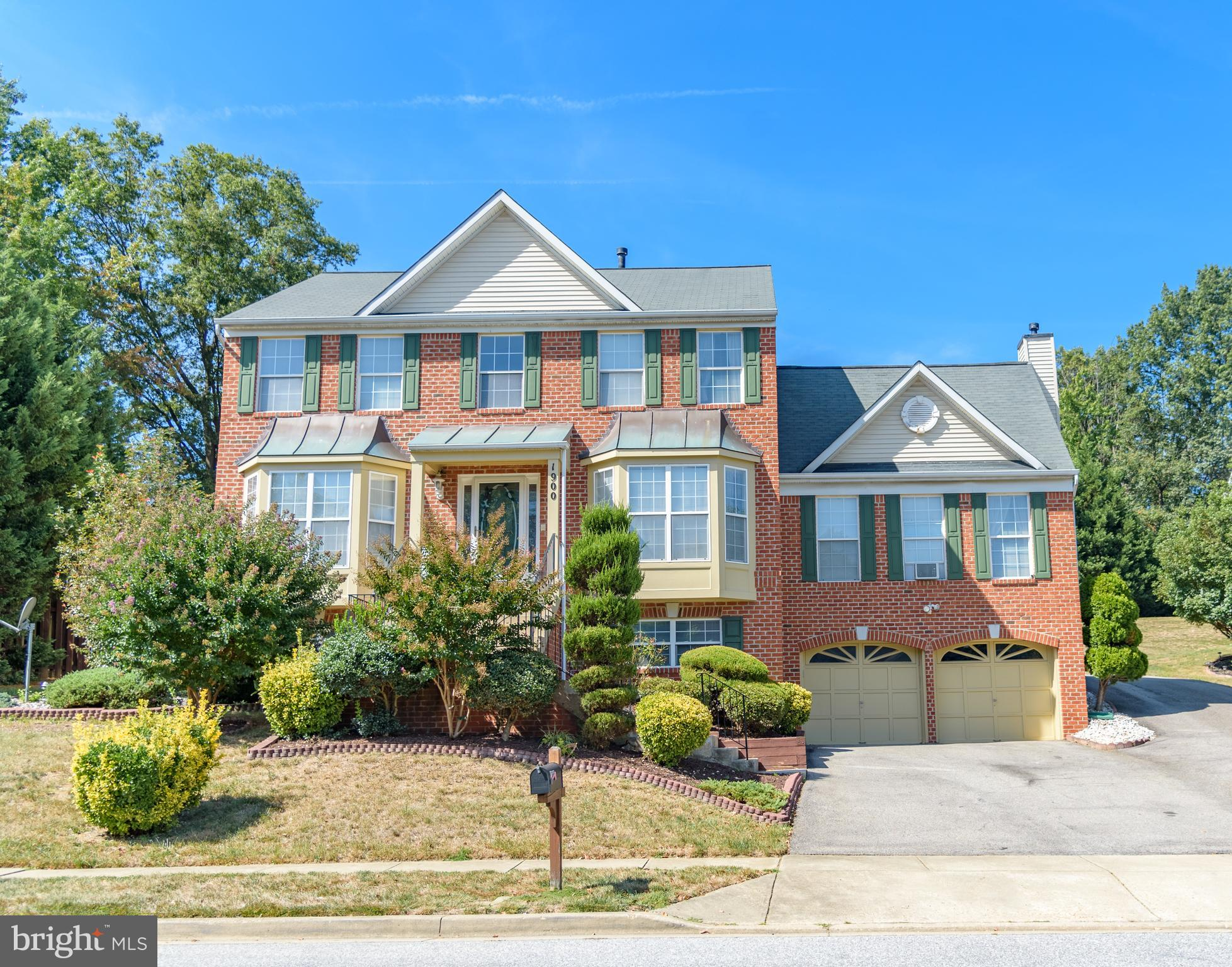 1900 HAMPSHIRE DRIVE, HYATTSVILLE, MD 20783