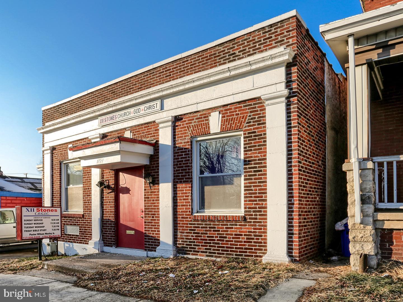 1724 MARKET STREET, HARRISBURG, PA 17103