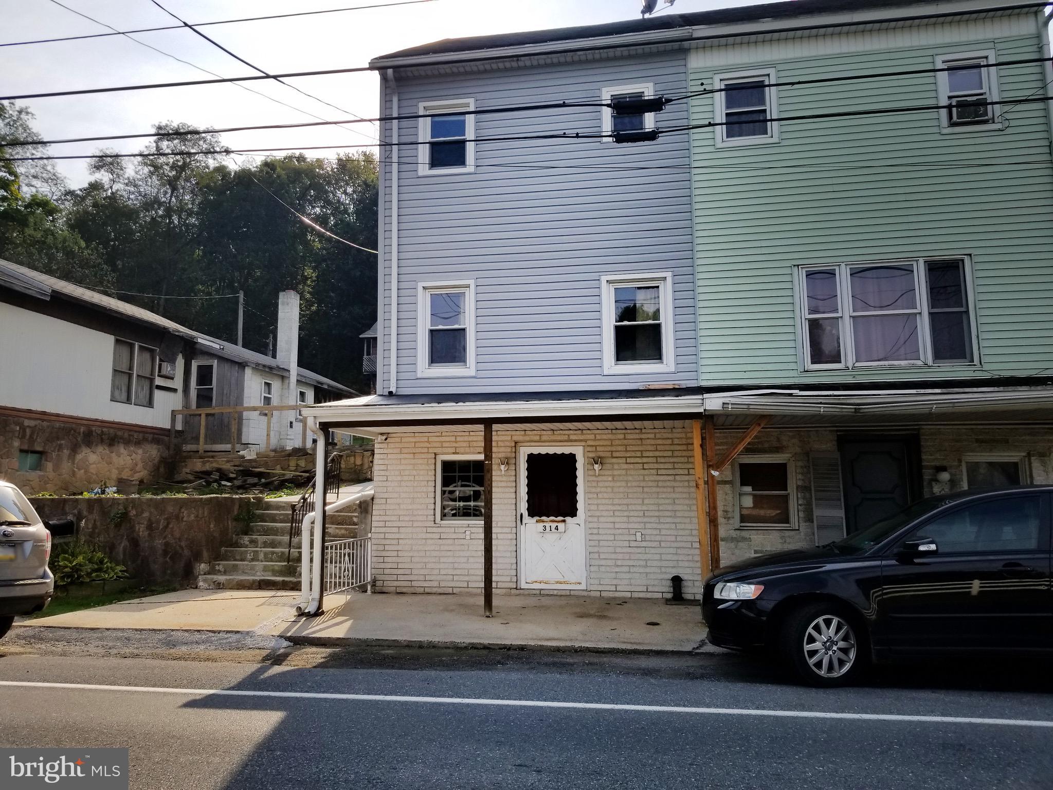 314 E MAIN STREET, TREMONT, PA 17981