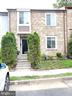 8736 Ridge Hollow Ct