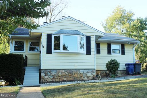 Photo of 6424 Maplewood Dr