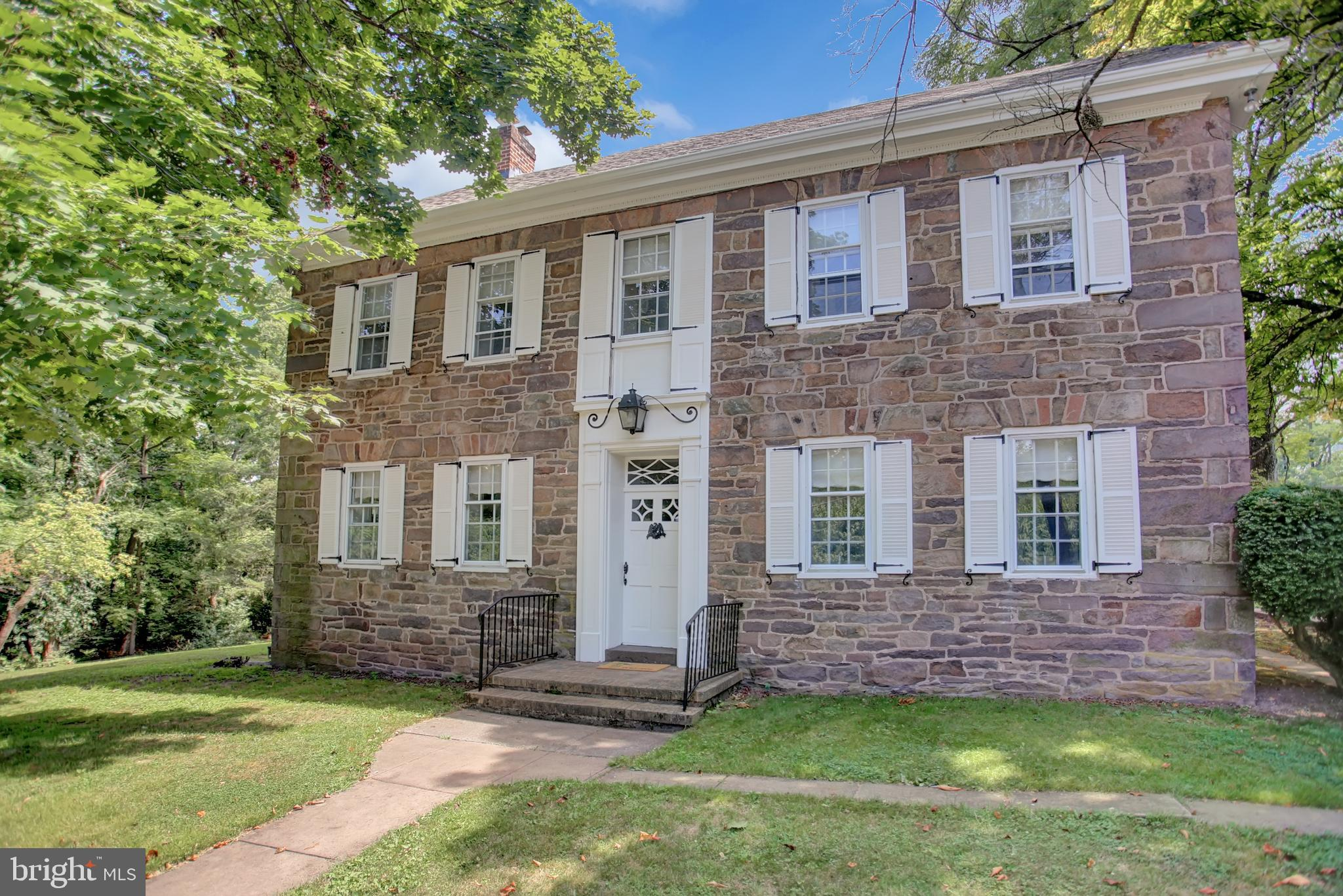 7568 LINCOLN HIGHWAY, ABBOTTSTOWN, PA 17301