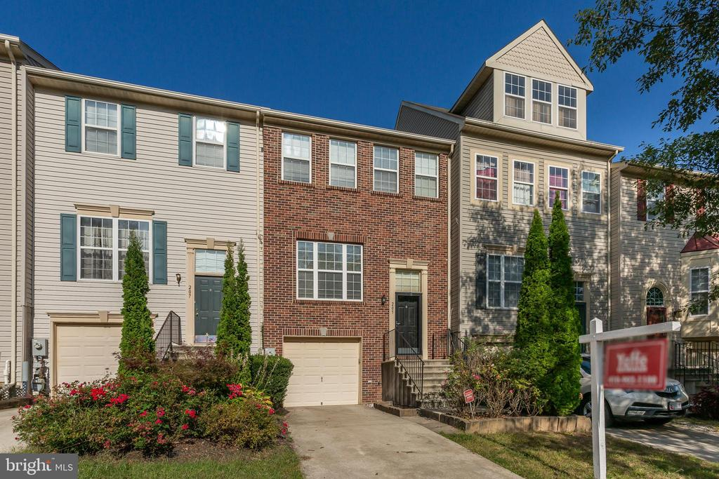All new carpet! Fabulous garage townhome in Reisterstown offers open living room/dining room w/ tons of natural light. Eat-in kitchen w/ lots of cabinet & counter space. Master suite has walk-in closet, vaulted ceiling & deluxe bath w/ double sinks, soaking tub & separate shower. Finished lower level w/ rec room, 1/2 bath & laundry area. Close to shopping, restaurants, commuter routes & Metro.
