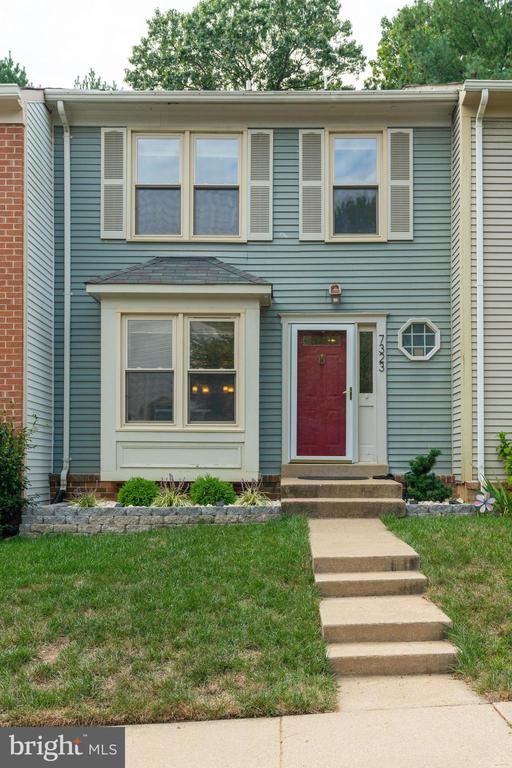 7323 Stream Way, Springfield, VA 22152