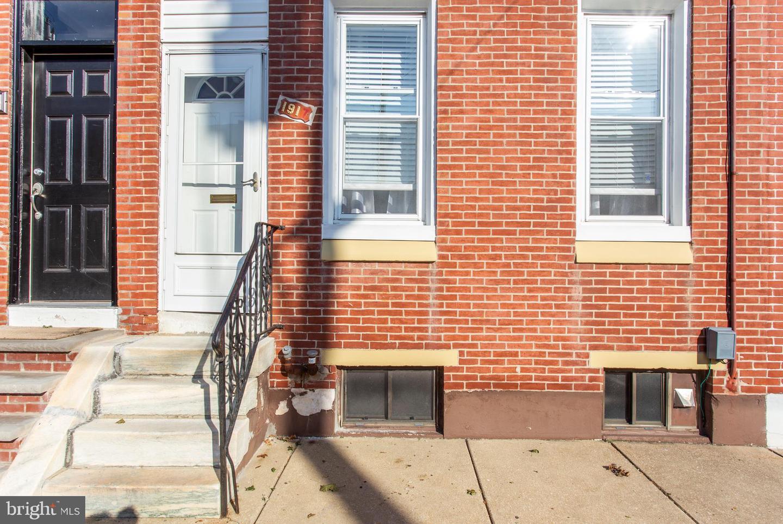 1917 S 4th Street Philadelphia, PA 19148
