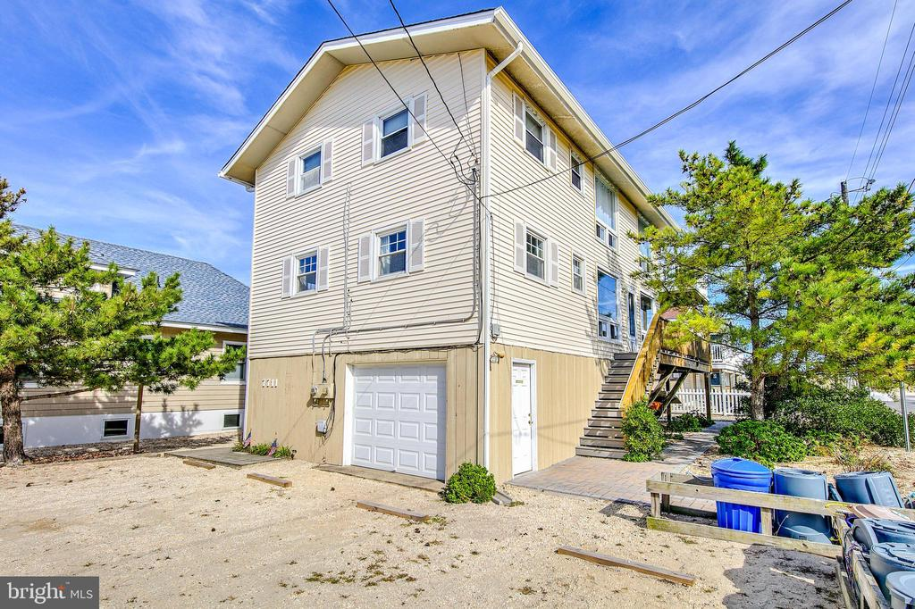 One of Long Beach Island 3 Bedroom Homes for Sale at 7711  OCEAN   1
