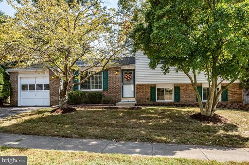 8103 Winter Blue Ct, Springfield, VA 22153