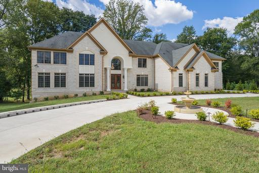 12701 Woodmore Rd, Bowie, MD 20721
