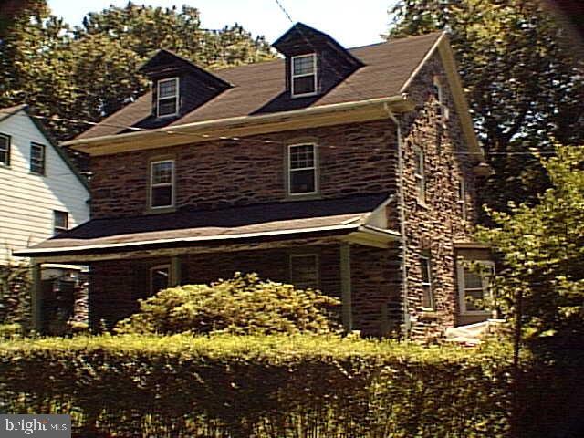 102 Elmwood Avenue Narberth, PA 19072