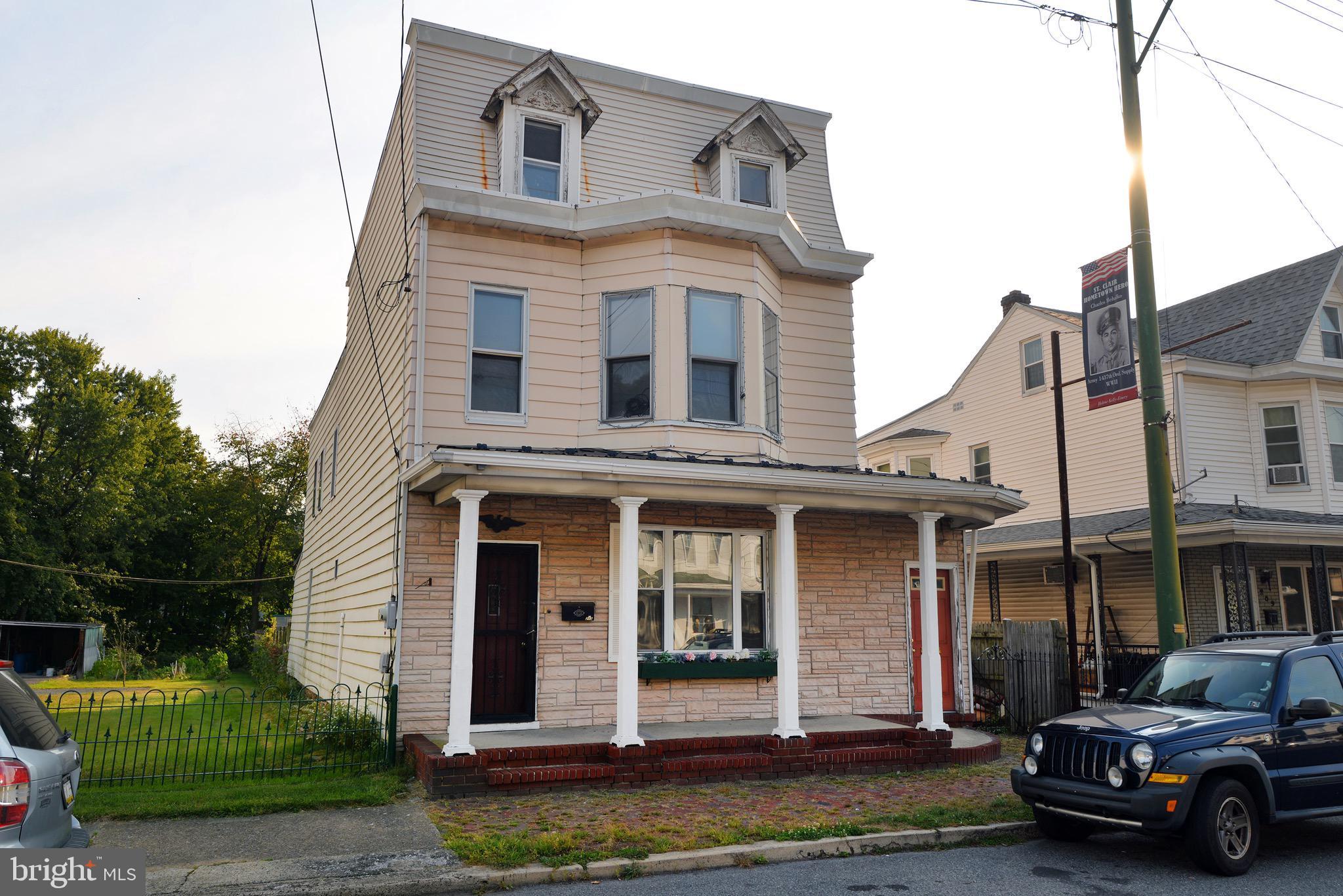 213 N 2ND STREET, SAINT CLAIR, PA 17970