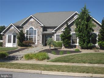 3715 AMHERST ROAD, ALLENTOWN, PA 18104