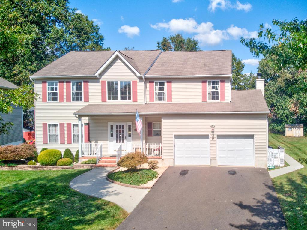 226 OAK CREEK CIRCLE, EAST WINDSOR, NJ 08520