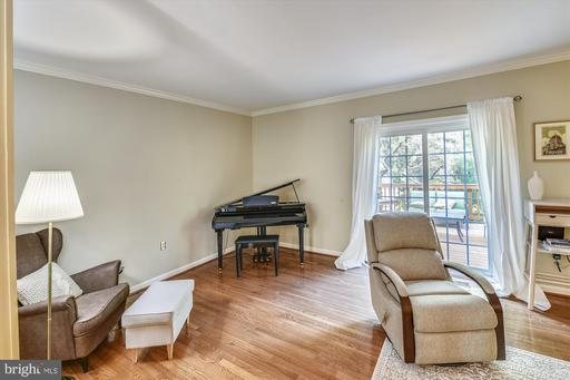 Photo of 11922 Sentinel Point Ct