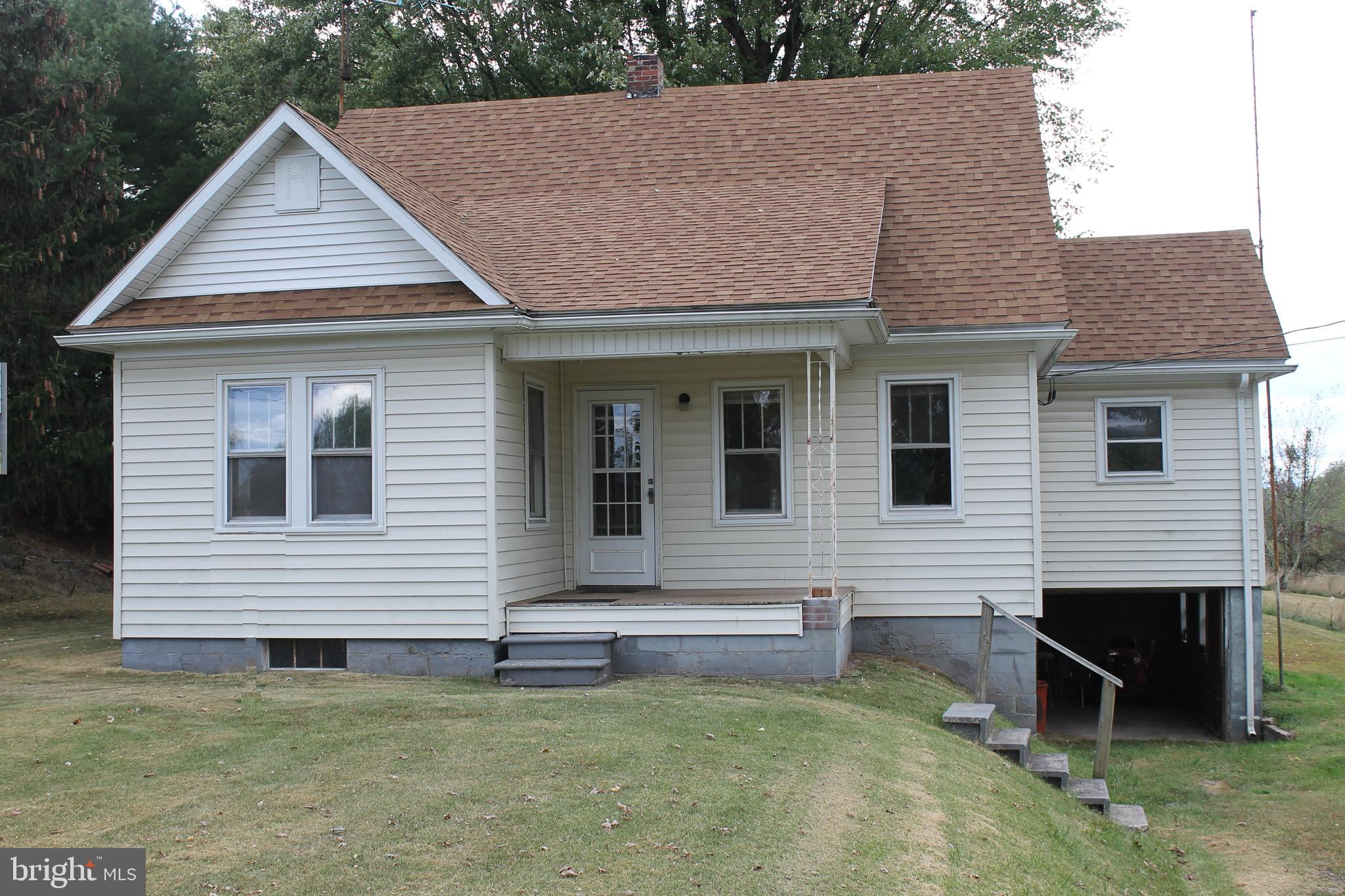 15415 JERSEY MT RD, LEVELS, WV 25431