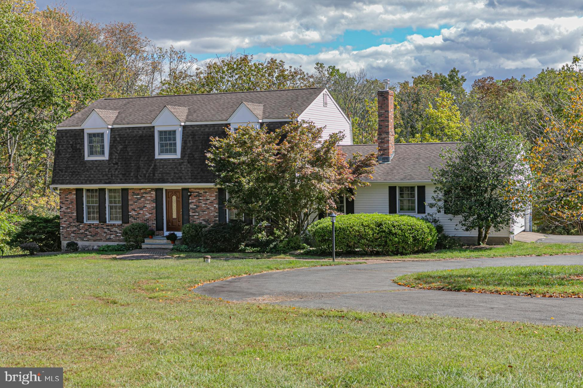 110 FEATHERBED LANE, HOPEWELL, NJ 08525