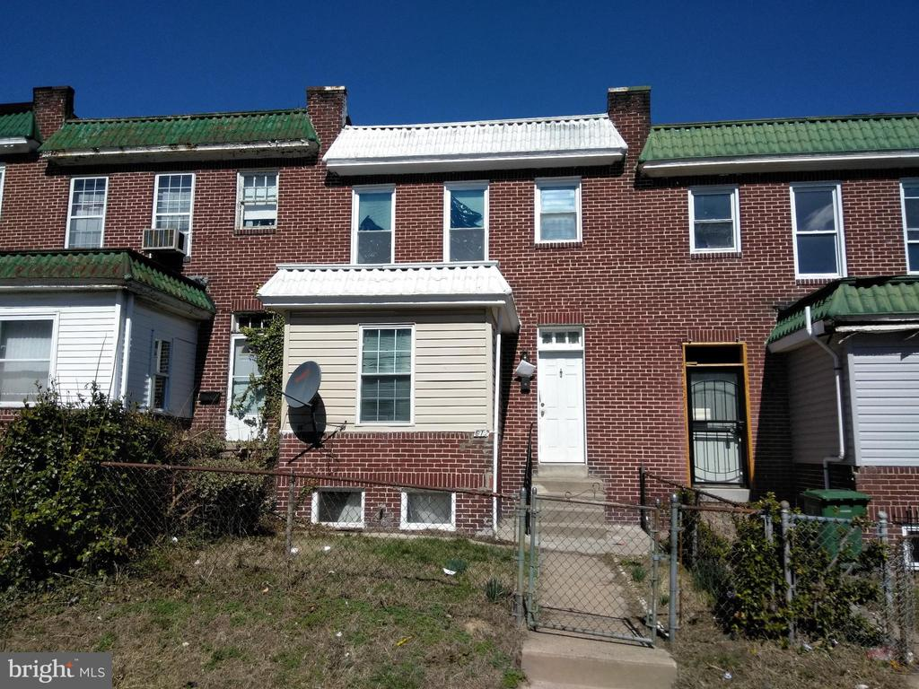 PUBLIC ONLINE AUCTION:  Bidding begins 10/25/19 @ 10:00 am  Bidding ends  10/28/19 @ 3:50 pm. List Price is Suggested Opening Bid.  2 story end unit townhome in the Richnor Springs area. Property is rented @ $1,282/mo. 10% Buyer's Premium or $1,000, whichever is greater. Deposit $2,500. For full Terms and Conditions contact auctioneer~s office.