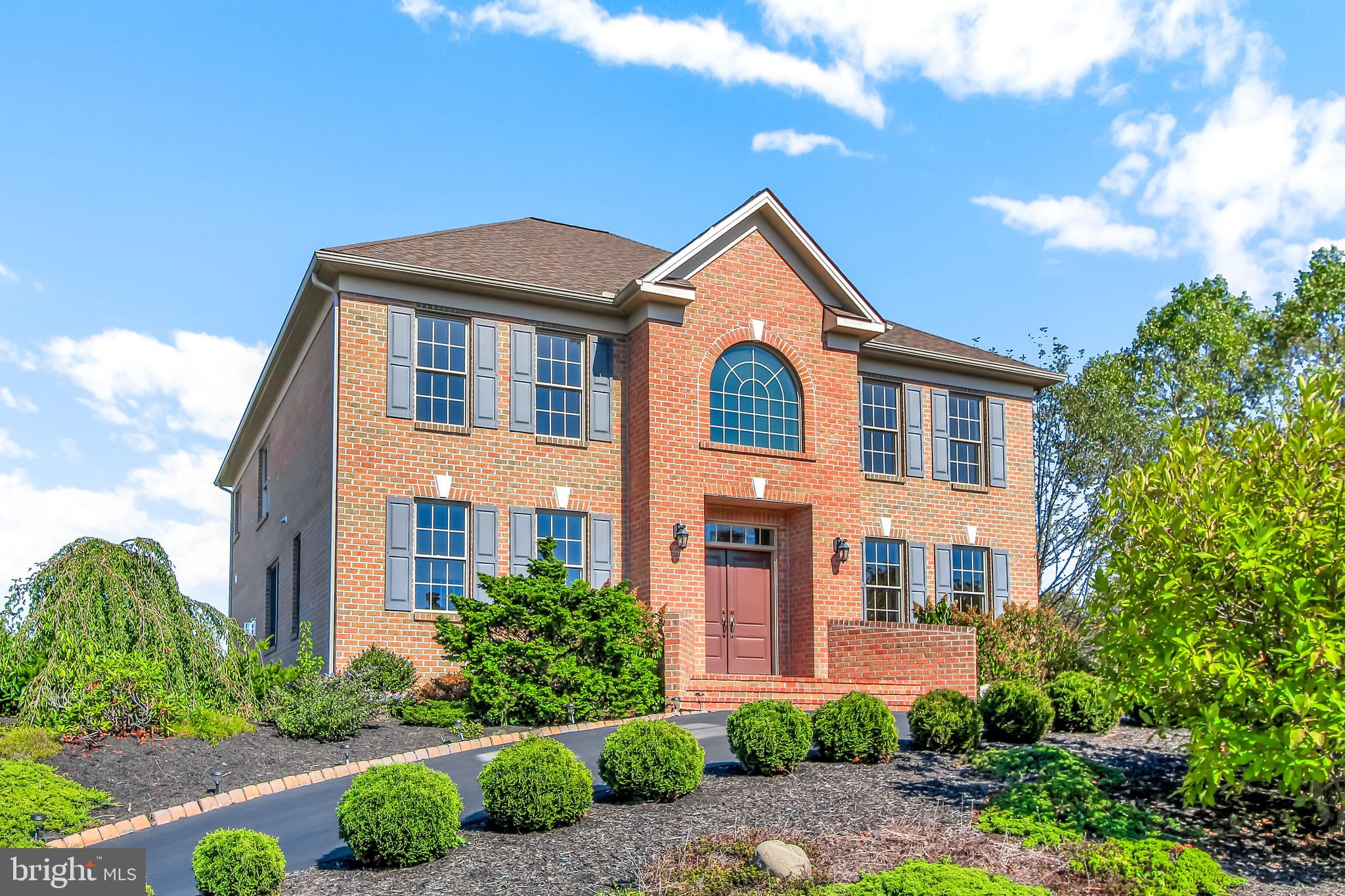 1435 GUILDFORD LANE, YORK, PA 17404