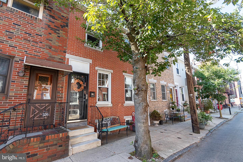 328 Greenwich Street Philadelphia, PA 19147