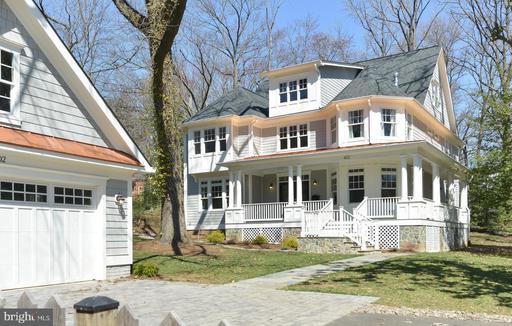 Photo of 402 Princeton Blvd
