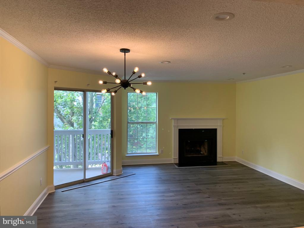 Photo of 1524 Lincoln Way #321