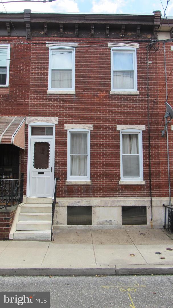 1321 S Fairhill Street Philadelphia, PA 19147
