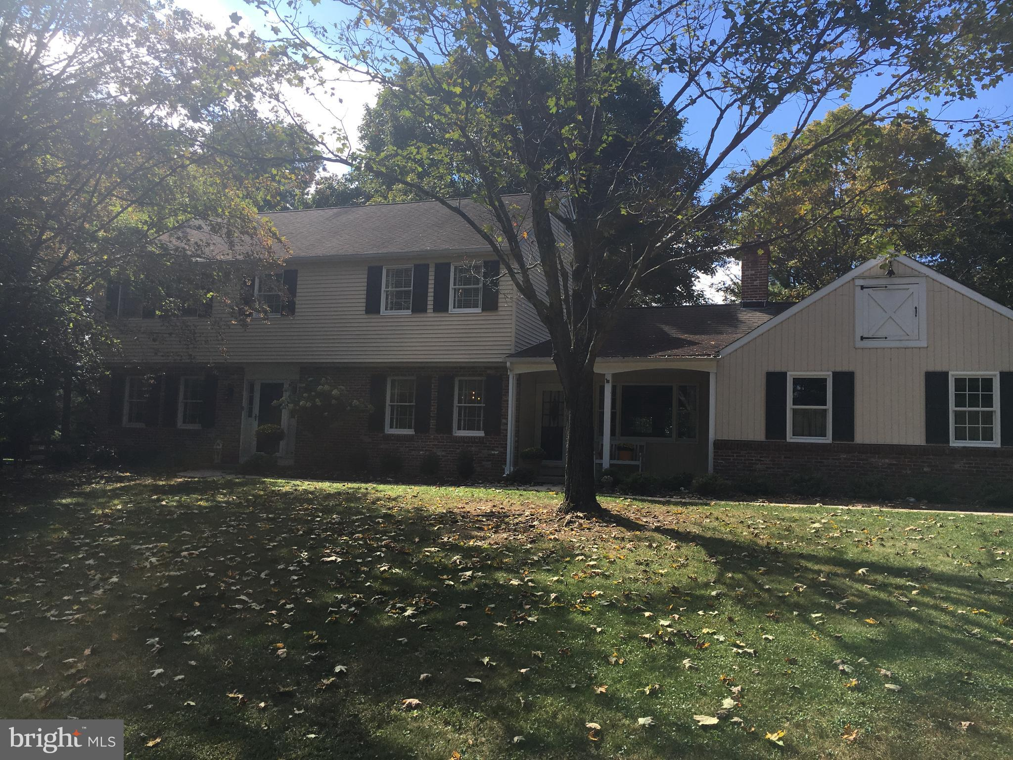 12 DUNKIN DRIVE, WASHINGTON CROSSING, PA 18977