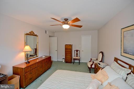 9449 Fairfax Blvd #304, Fairfax 22031