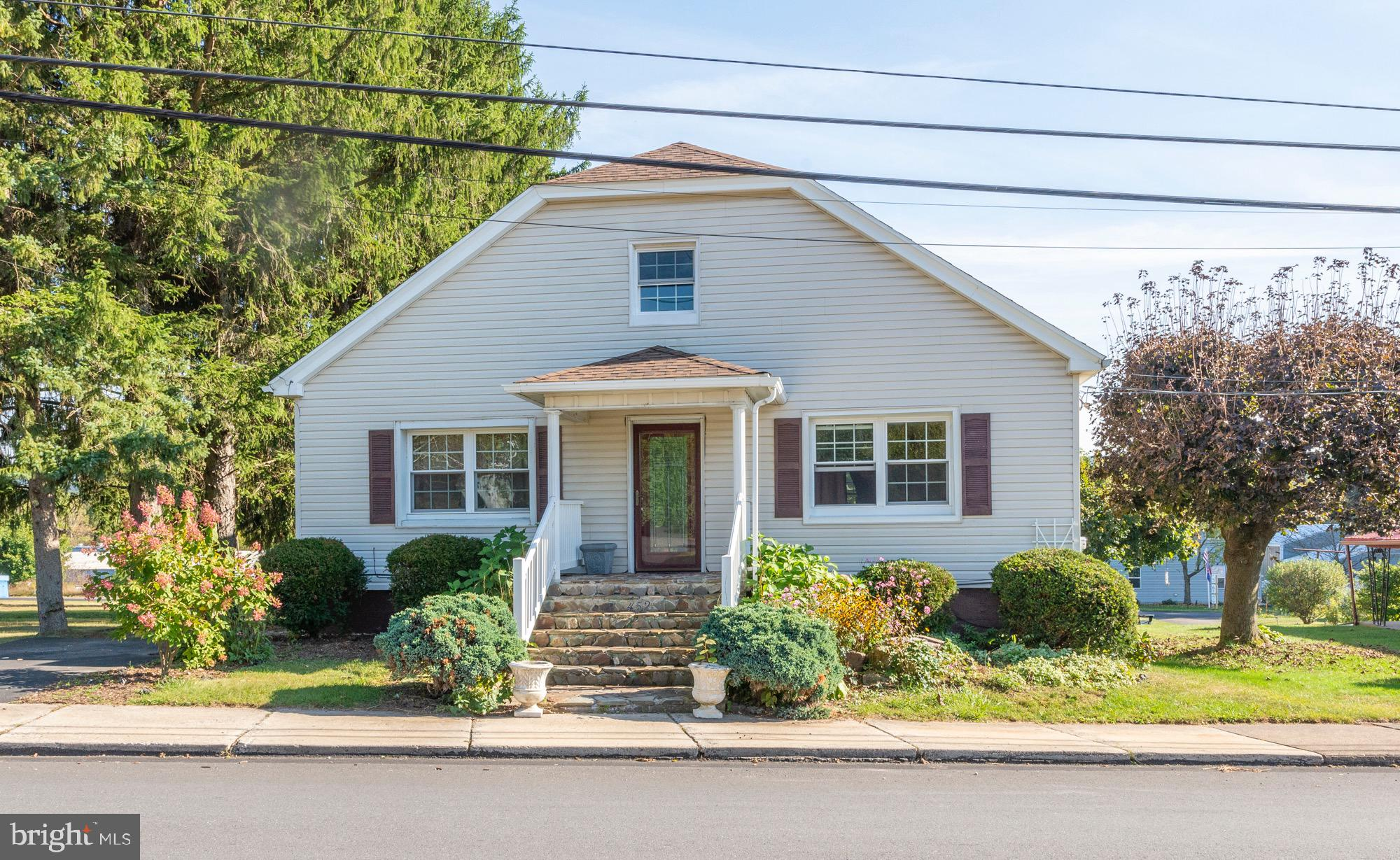 452 W MAIN STREET, RINGTOWN, PA 17967