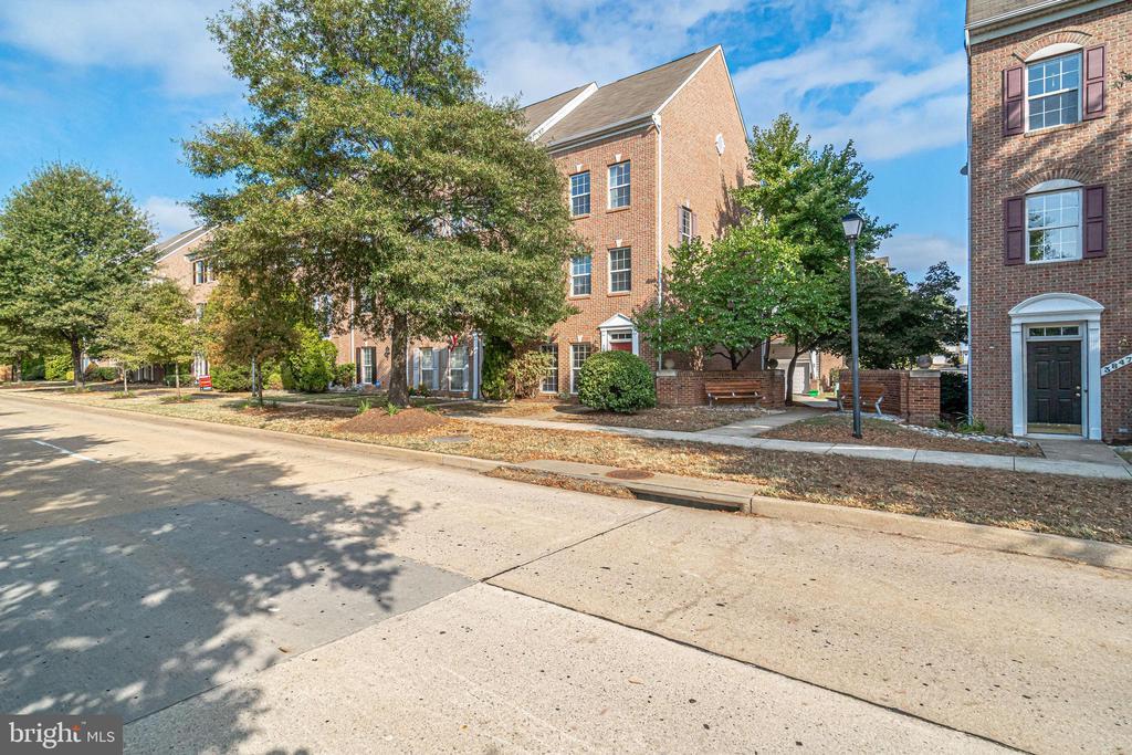 Photo of 3849 Eisenhower Ave