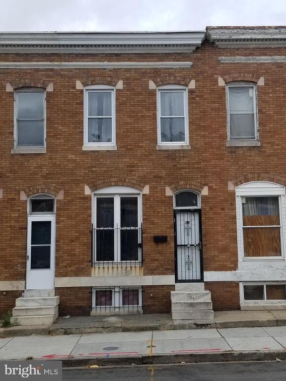 Recently updated 3 bedroom home available for rent.  New paint, refinished hardwood flooring, new appliances.  A must see! Within walking distance to Bons Secours Hospital.  Application fee is $55.00.  Everyone over 18 must submit an application. Water is included in the rent! Vouchers are welcomed.